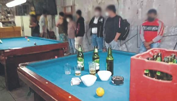 Chimbote: PNP sorprende a 20 personas jugando billar y bebiendo cerveza en local (Foto: PNP)