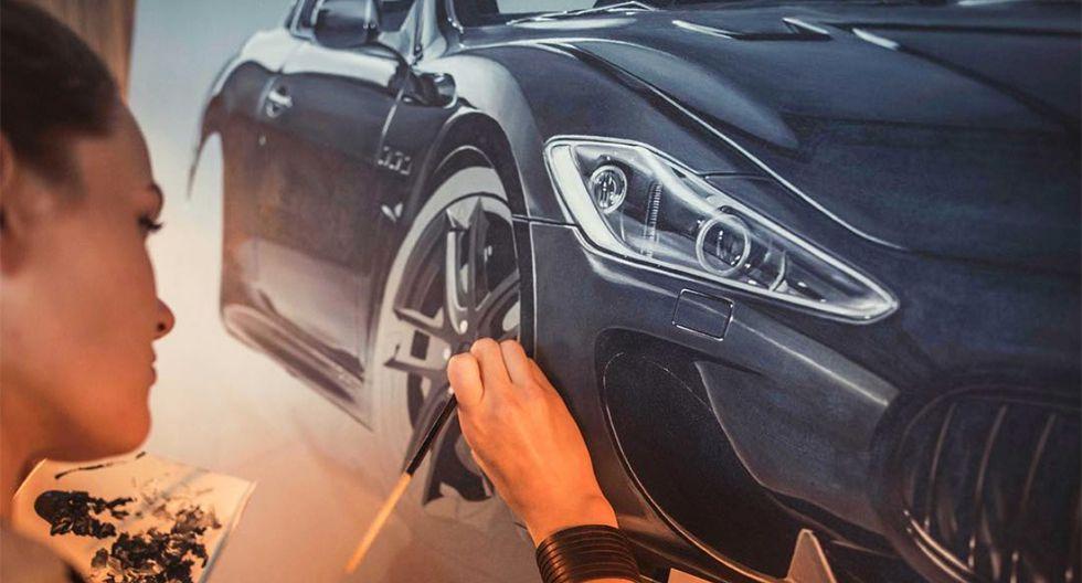 Brigitt puede tomarse hasta 250 horas de trabajo en un cuadro de gran formato. (Foto: Instagram @automotive_artist)