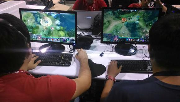 Milton Rojas, especialista de Cedro, remarcó que no todas las personas que practican los videojuegos se vuleven adictos, ya que la gran mayoría continúa con sus actividades diarias.