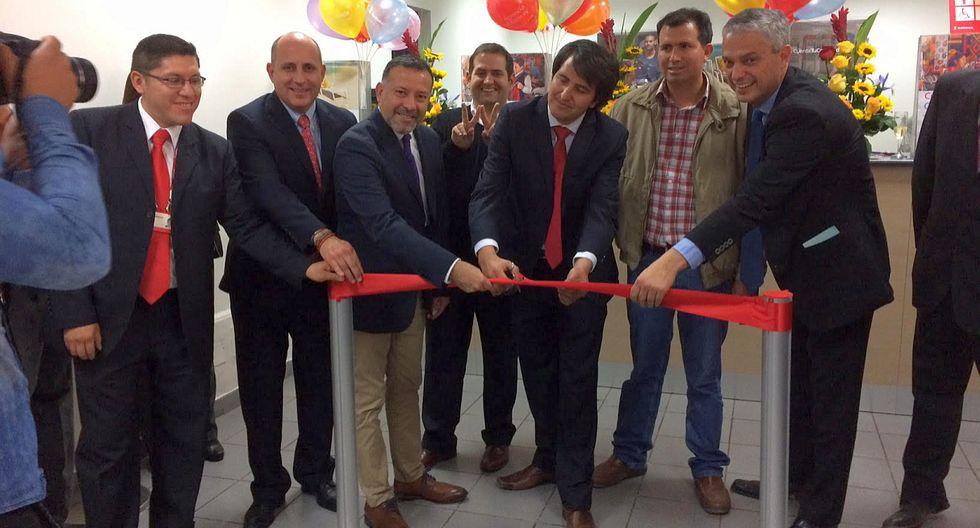 Scotiabank inauguró una moderna agencia en la ciudad de Abancay, en la región Apurímac. En dicho local ofrecerá toda su gama de productos y servicios en banca personal, banca pyme y pequeña empresa, así como brindando asesoría financiera. (Foto: El Comercio)