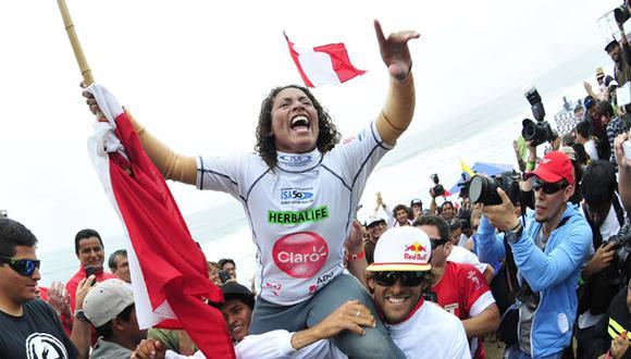 Analí Gómez se coronó campeona mundial de surf en Punta Rocas
