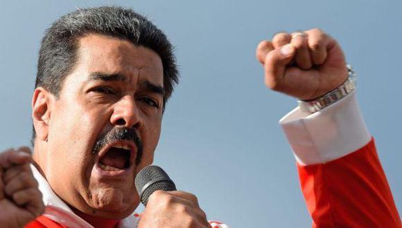 """Maduro pide a mujeres """"prepararse"""" para """"nueva etapa"""""""