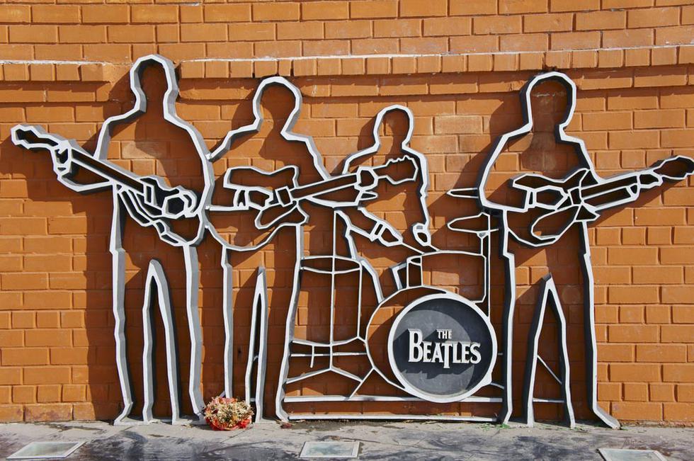 ¿Sabías que un Beatle incursionó en el diseño de muebles? - 1