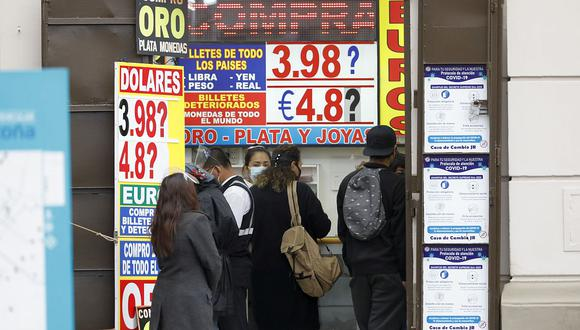 El dólar acumula una ganancia de 8.01% en lo que va del 2021. (Foto: GEC)