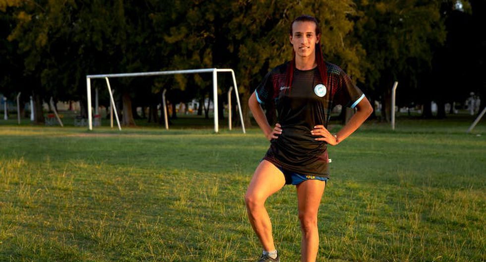 El fútbol apareció en la vida de Mara Gómez cuando tenía 15 años. (FOTO: LA NACIÓN)