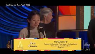 """""""Nomadland"""" ganó el Oscar a Mejor Película y Chloé Zhao a la Mejor Dirección"""