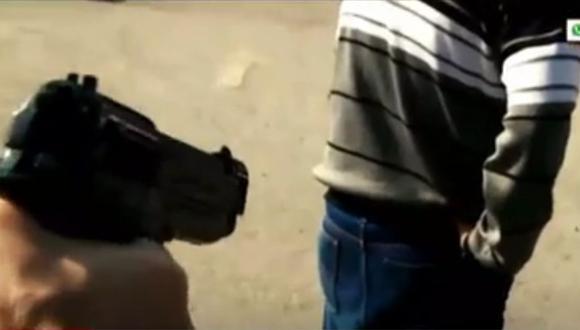 El agraviado sufrió dos heridas de bala en la espalda. (Captura: América Noticias)