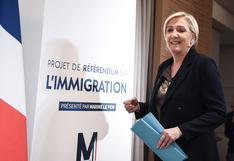 """Francia: líder ultraderechista propone inscribir el """"control"""" de la migración en Constitución"""