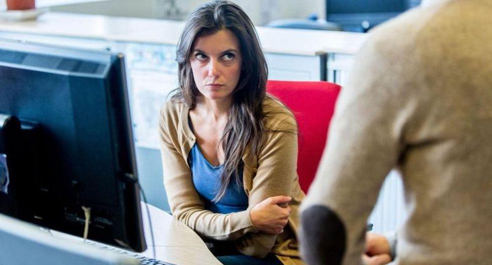 """Si tienes dificultades para aceptar comentarios negativos en el trabajo, puede que sea por tu """"estilo de apego"""". (Foto: Alamy)"""