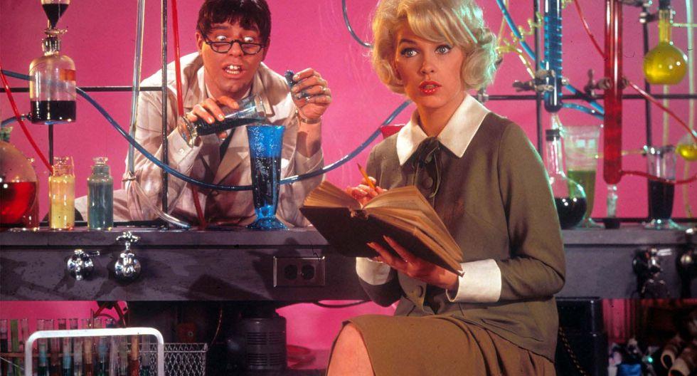 """El sumo pontífice de los nerds: Jerry Lewis en """"El profesor chiflado"""" ( 1963 ). Además de un comediante genial, fue un cineasta visionario."""