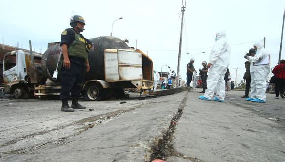 El desnivel habría ocasionado la rotura de la tubería de un camión cisterna que transportaba gas. Producto del siniestro, 34 personas perdieron la vida. (Foto: Gonzalo Córdova/ Archivo GEC)