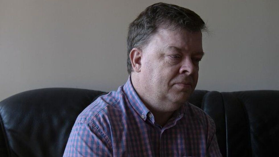 William tenía 10 años y su hermano 6 cuando sufrieron el primer abuso sexual. (Foto: BBC Mundo).