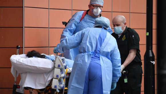 Los hospitales en Londres se encuentran cerca del colapso, según detalló el alcalde de la capital del Reino Unido. (Foto: AFP)
