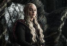 """""""Game of Thrones"""": Emilia Clarke ofrece una cita para ver el estreno de la última temporada"""