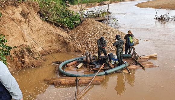 El operativo se realizó en la ribera del río Malinowski, ubicado en el distrito de Inambari, en la provincia de Tambopata.