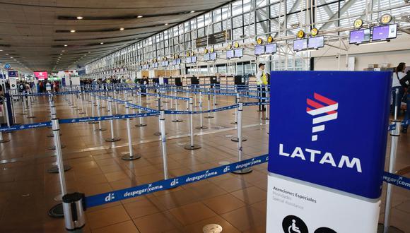 El sindicato -que reúne a unos 940 tripulantes y exige mejoras en sus condiciones laborales, sobre todo en los turnos de trabajo-, confirmó el inició de la huelga de la filial LAN Express y cuestionó el accionar de la aerolínea chileno-brasileña en los días previos.