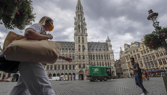 Holanda y Bélgica registran también casos de reinfección por coronavirus. (EFE/EPA/OLIVIER HOSLET/Archivo)