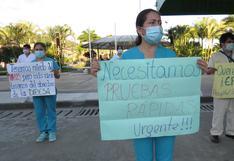 Coronavirus en Perú: personal de hospital protesta por falta de pruebas para atender a pacientes contagiados en el Vraem
