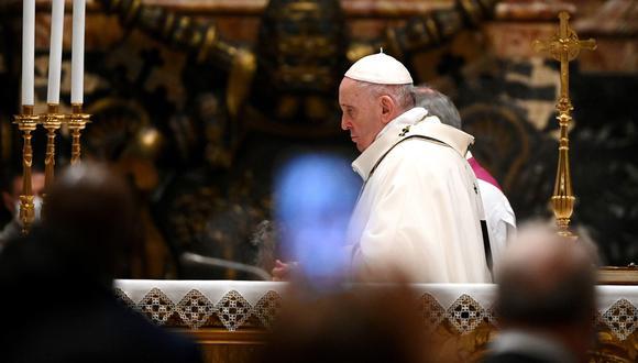 El pontífice argentino no podrá celebrar las liturgias de fin de año debido a un dolor fuerte en la ciática. Este año eucarístico ha sido atípico debido a la pandemia del coronavirus. (Foto: EFE)