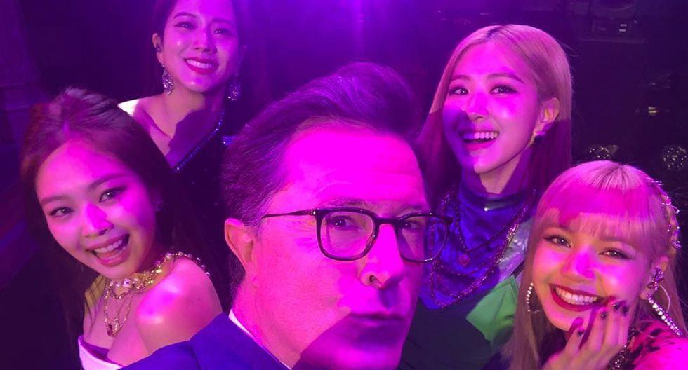 BLACKPINK con Stephen Colbert previo a su presentación. (Foto: Instagram).