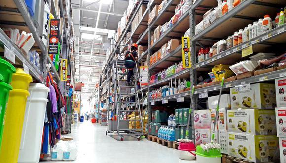 En junio las ventas al por menor se redujeron 31,8 % por la menor demanda en ferreterías (-44,2%), de productos de cómputo y programas informáticos (-86,4%); por el contrario, las ventas en supermercados y minimarkets se incrementó 5,8 %.   (Foto: Difusión)