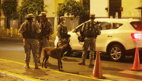 Nuevas restricciones están vigentes en Lima, Callao y otras provincias desde el lunes 19 de abril por riesgo extremo de COVID-19 (Foto: José Caja / GEC)