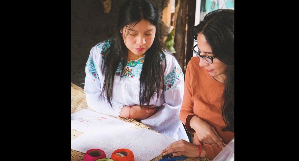 Vicky Almeida, Fundadora Haki Bordados: busca preservar la herencia cultural de las bordadoras de la comunidad indígena y mestiza de Ecuador junto a mujeres peruanas, a través de la creación de prendas únicas y atemporales con bordados donde se mezclan diferentes colores, formas y texturas.(Foto: Difusión)