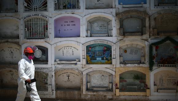 Exceso de fallecidos se redujo durante 10 semanas, según el presidente Martín Vizcarra. (Foto: Hugo Curotto/GEC)