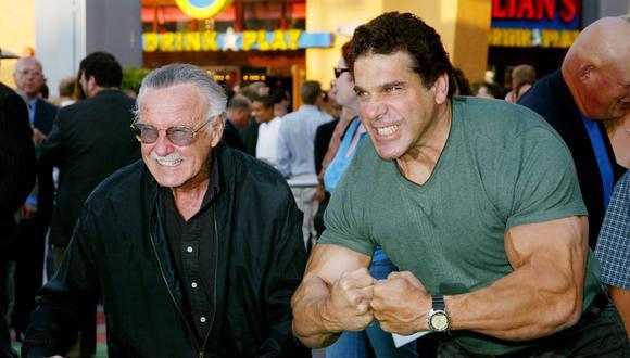 Junto a Lou Ferrigno, quien protagonizó 'The Hulk'.