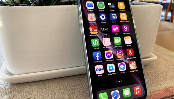 En  TikTok se ha popularizado un truco que ayuda a poner orden al instante en el caos que sufren algunos iPhone y iPads con las apps. (Foto: EFE)