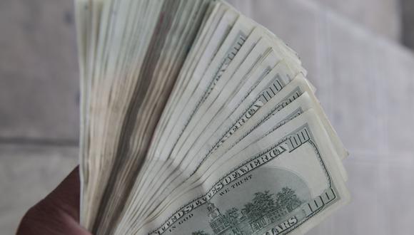 El dólar en el mercado paralelo se cotizó en la jornada previa a 3,705.98 bolívares soberanos. (Foto: GEC)