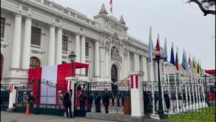 Así lucen los exteriores del Congreso de la República previo a la ceremonia del cambio de mando