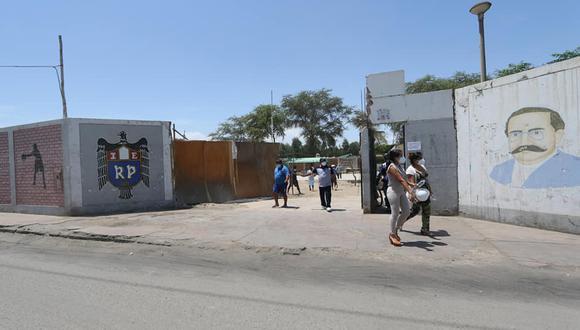 El colegio Ricardo Palma se vio afectado en su infraestructura tras el terremoto que sufrió la región Ica en el 2007. (Foto: Gore Ica)