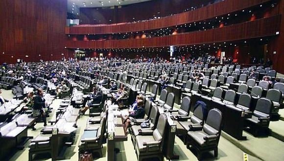 México: Iglesia critica escandalosos aguinaldos de congresistas