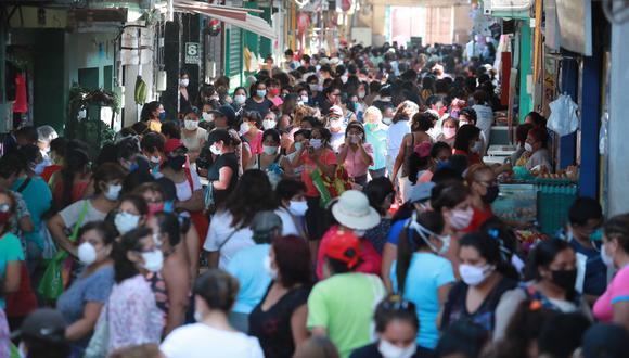 El primer caso confirmado de coronavirus en el Perú se detectó el 6 de marzo. Actualmente el número contagios es de casi un millón. (Foto: Lino Chipana)