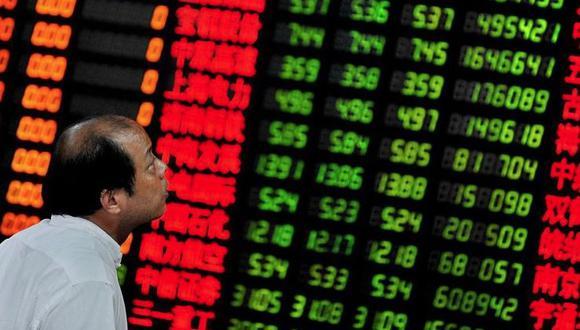Con este nivel de incertidumbre es muy complicado hacer una recomendación de compra para aprovechar la reciente caída en los precios de algunos activos, como en el caso de las acciones chinas que cayeron 8% solo en la última semana.