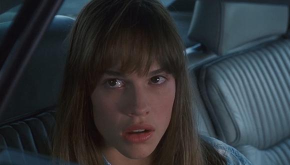 """Julie Pierce sería la madre de Tory, según una teoría formulada por los seguidores de """"Cobra Kai"""" (Foto: Columbia Pictures)"""