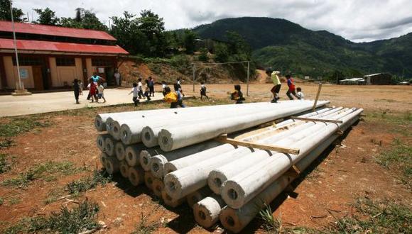 Más de 50 localidades beneficiadas con electrificación rural