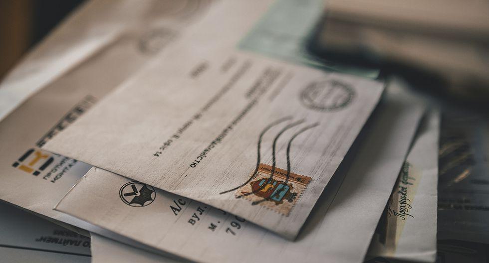 Una inspección interna descubrió que había más de 1.000 cartas en su casa. (Pexels)