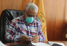 """Gobernador de Lambayeque: """"Estamos a punto del hacinamiento total en el Hospital Regional. No hay camas UCI"""""""