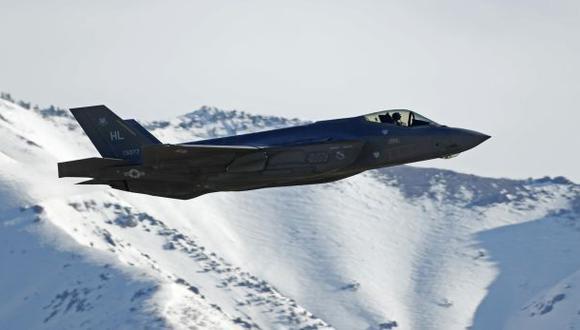 Aviones de guerra F-35 de EE.UU. entrenan cerca de Rusia