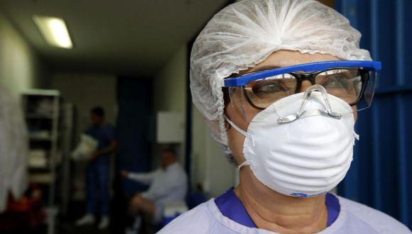 Vistazo de enfermera que trabaja con pacientes de COVID-19 en el Hospital General de Occidente Zoquipan, en Zapopan, estado de Jalisco (Foto: AFP)