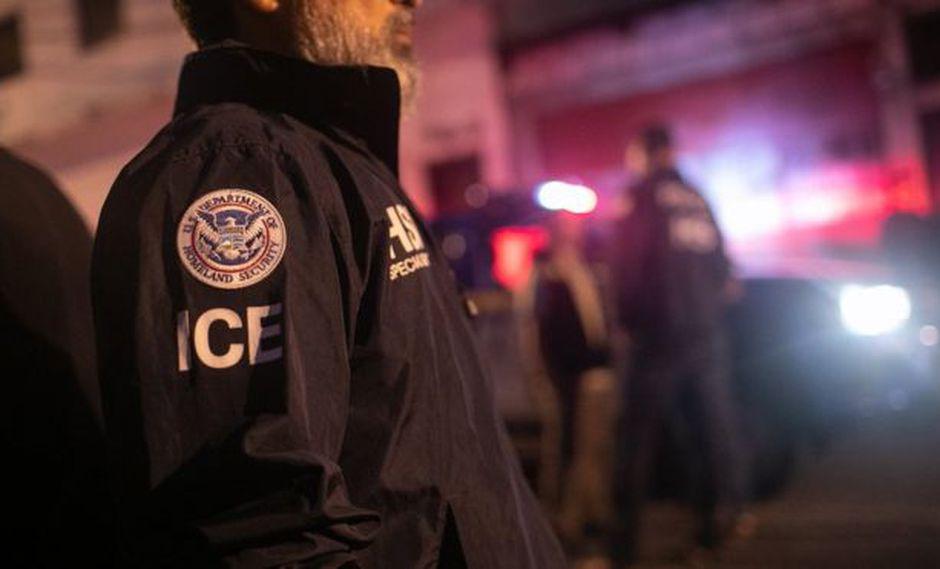 Los agentes de ICE podrán expulsar inmigrantes sin pasar por los tribunales. Foto: Getty Images, via BBC Mundo