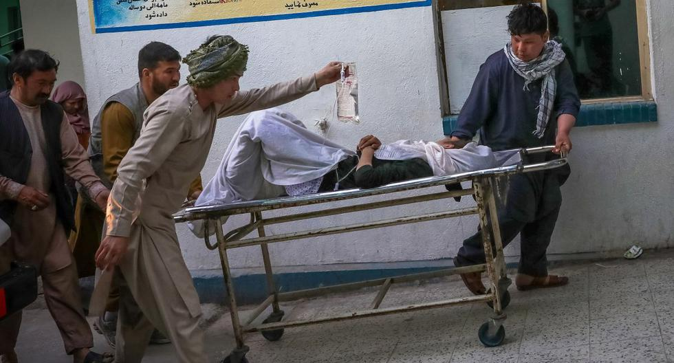 At least 25 killed in an attack near a girls' school in Afghanistan |  PHOTOS