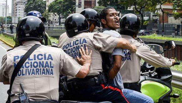 Se disparan los arrestos a los disidentes de Nicolás Maduro