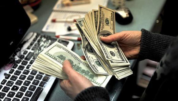 Cuatro razones que están haciendo bajar el precio del dólar