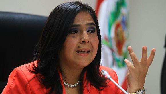 """Ana Jara: """"Humberto Lay debe reconsiderar su renuncia"""""""