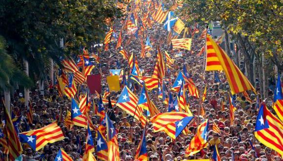 Parlamento catalán se pronuncia a favor de consulta soberanista