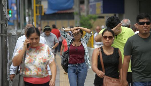 El índice máximo UV en Lima alcanzará el nivel 15, especialmente cerca del mediodía, este martes. (Foto: GEC)
