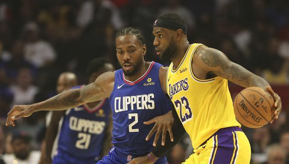 La NBA regresa con un duelo Lakers vs. Clippers con LeBron James como gran protagonista | Foto: AFP